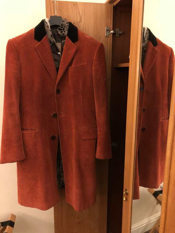 cambridge jones succession wardrobe